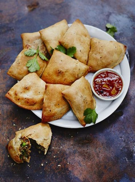 Baked veggie samosas jamie oliver uk salgados pinterest baked veggie samosas source jamie oliver where food lovers unite forumfinder Images