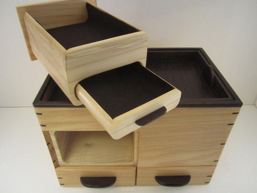 Vallet hidden drawer