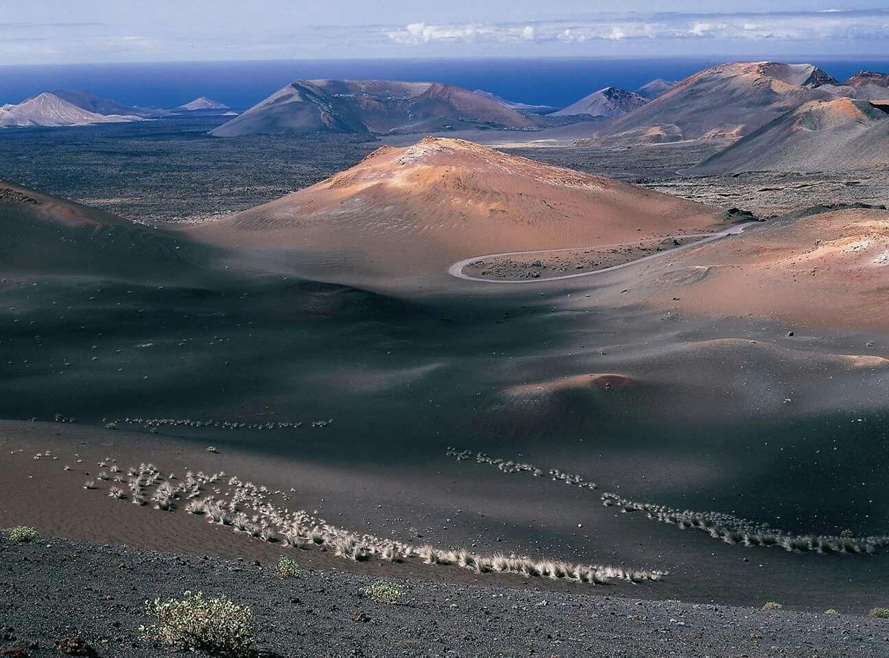 Parque De Timanfaya Montañas De Fuego Lanzarote Islas Canarias España Islas Canarias Islas Paisajes De España