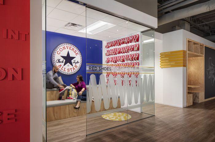 Mattress Firm Offices Houston Office Snapshots D Graphics