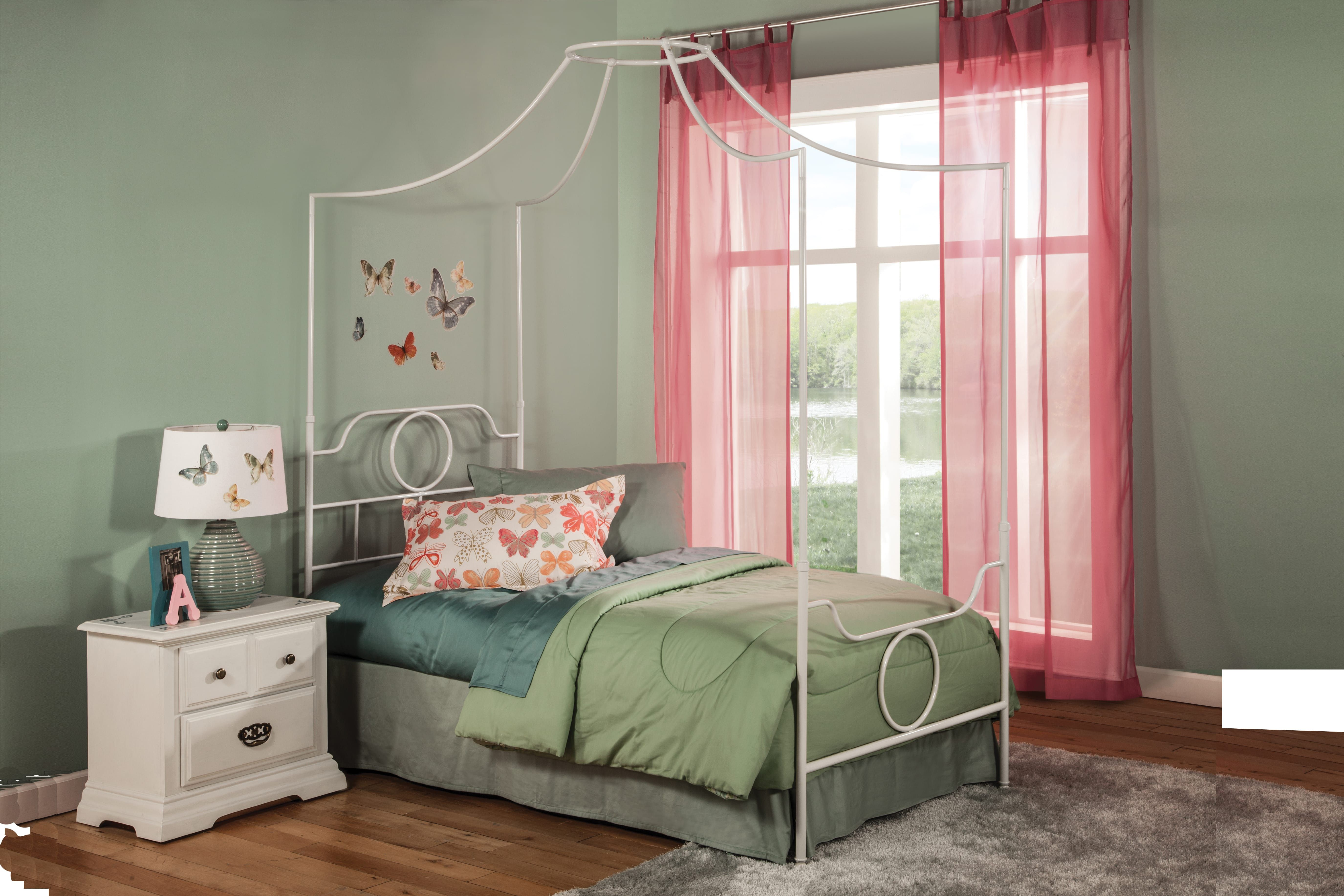The Emsworth canopy bed by L&P Fashion Bed Group Fashion