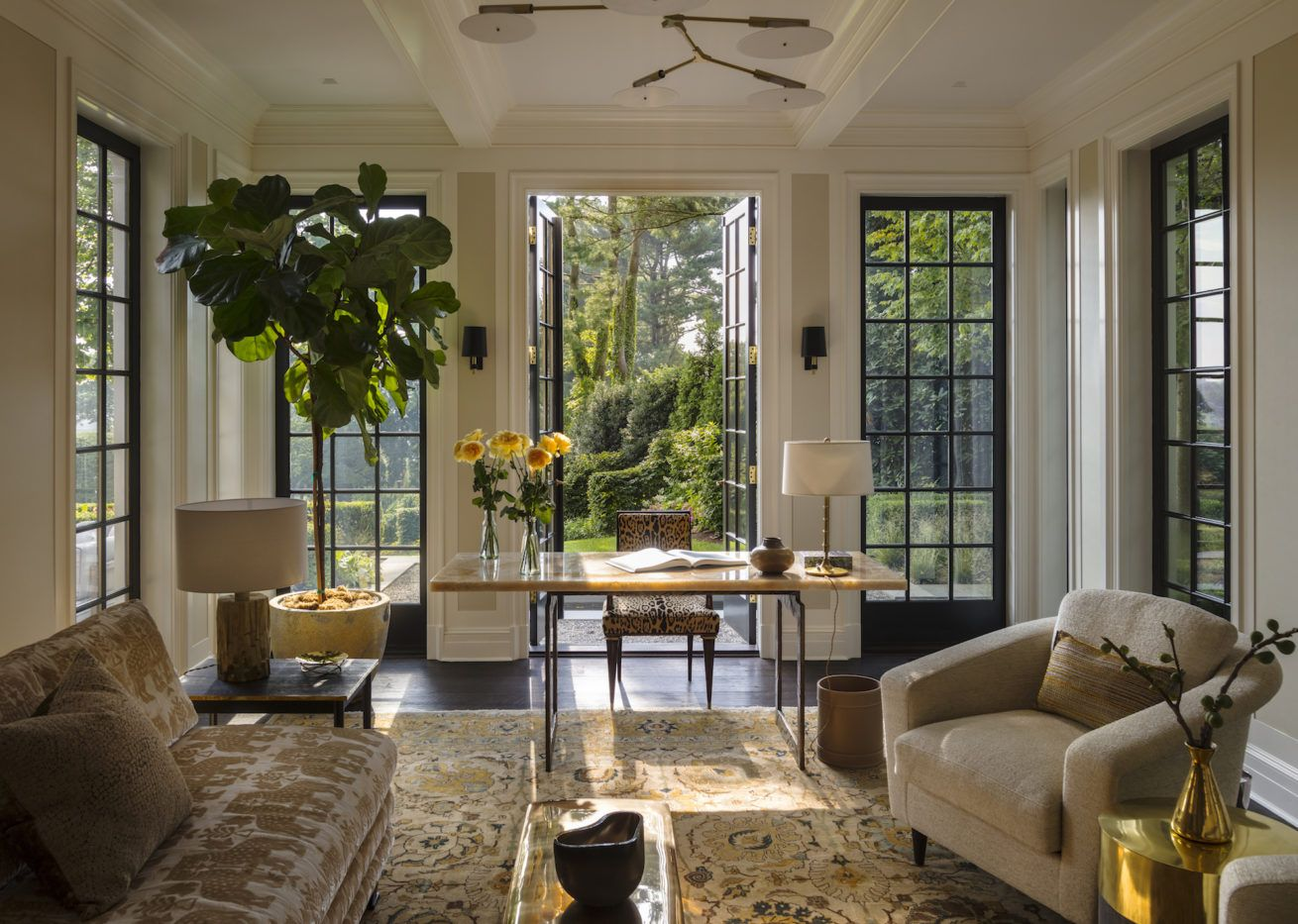 A Room We Love from the 1stDibs 50: Victoria Hagan