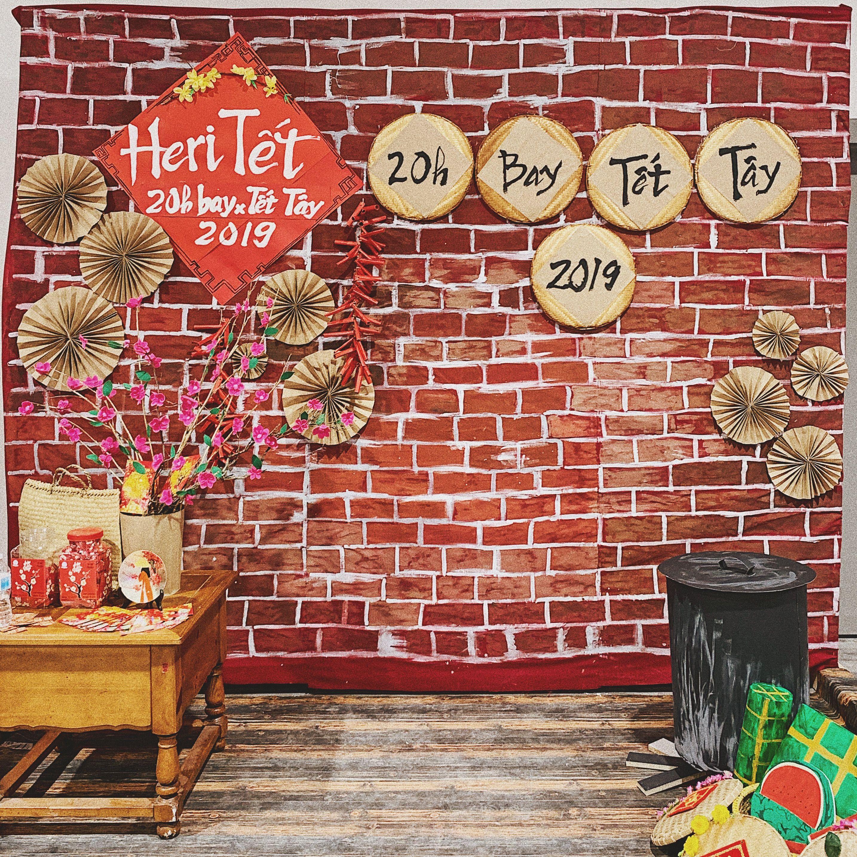 Lunar new year decor backdrop Trang trí, Nghệ thuật, Đồ chơi