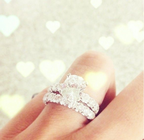 23 Fashion Insiders With Stunning Engagement Rings Pretty