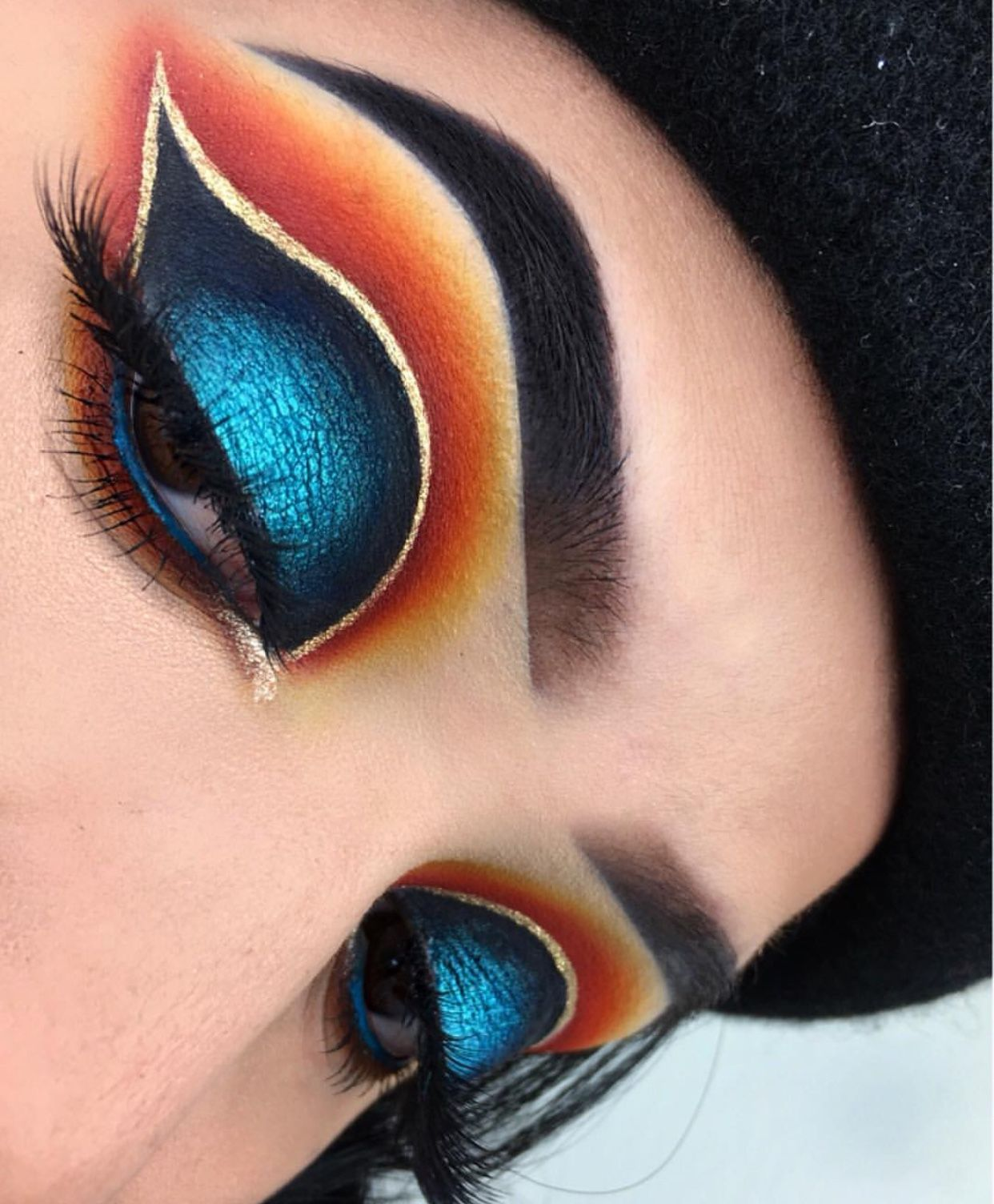 Bold Eyes Orange Blue Yellow Eyeshadow Winged Eye Look Gold