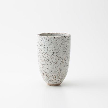 Victoria Morris フラワーベース: グリーン・ガーデン デザイン家具 インテリア雑貨 - IDEE SHOP Online