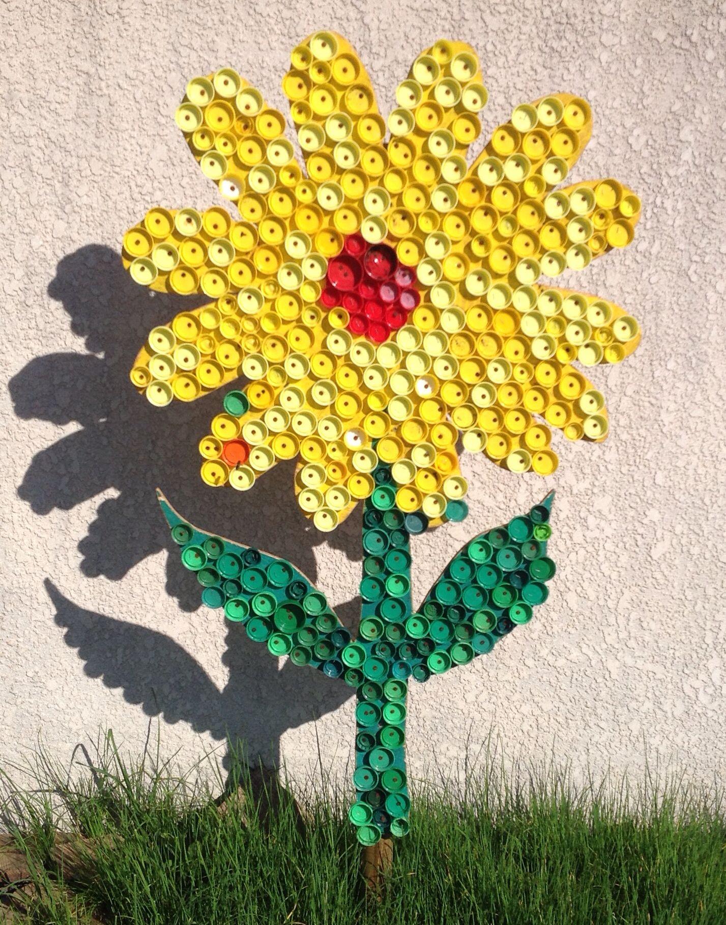 Fleur bouteille plastique recyclage fashion designs - Creation avec des bouchons ...