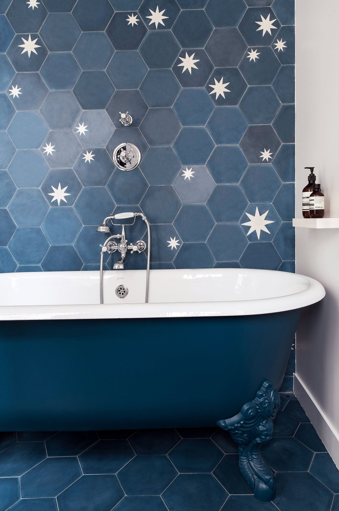 Take a look at our guide to sources in categories including paint wallpaper furniture lighting and more