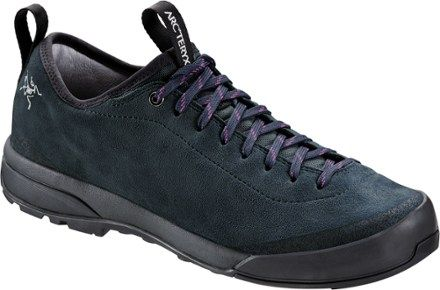 Arc'teryx - Acrux SL Leather Approach Shoe Women's Gr 5 schwarz/lila