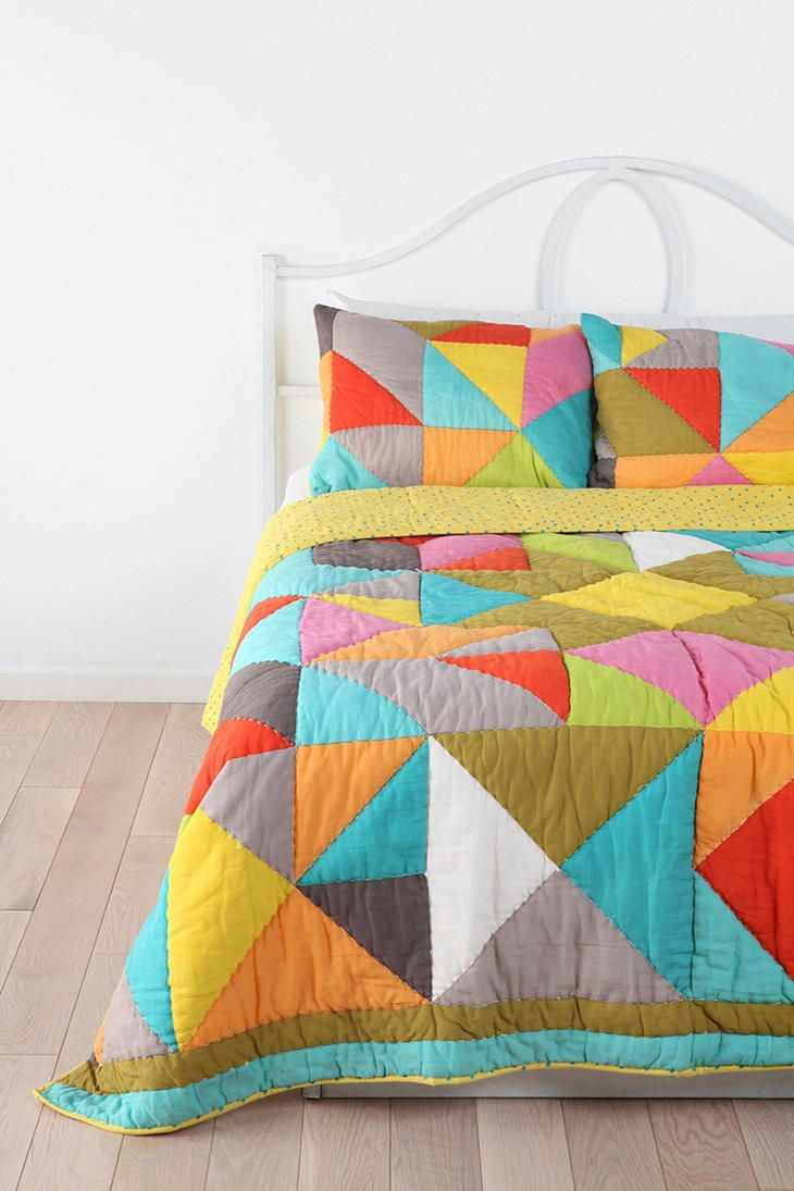 Tagesdecke Patchwork Beci Orpin Geo Patchwork Sham Set Of 2 Snug As A Bug In A Rug