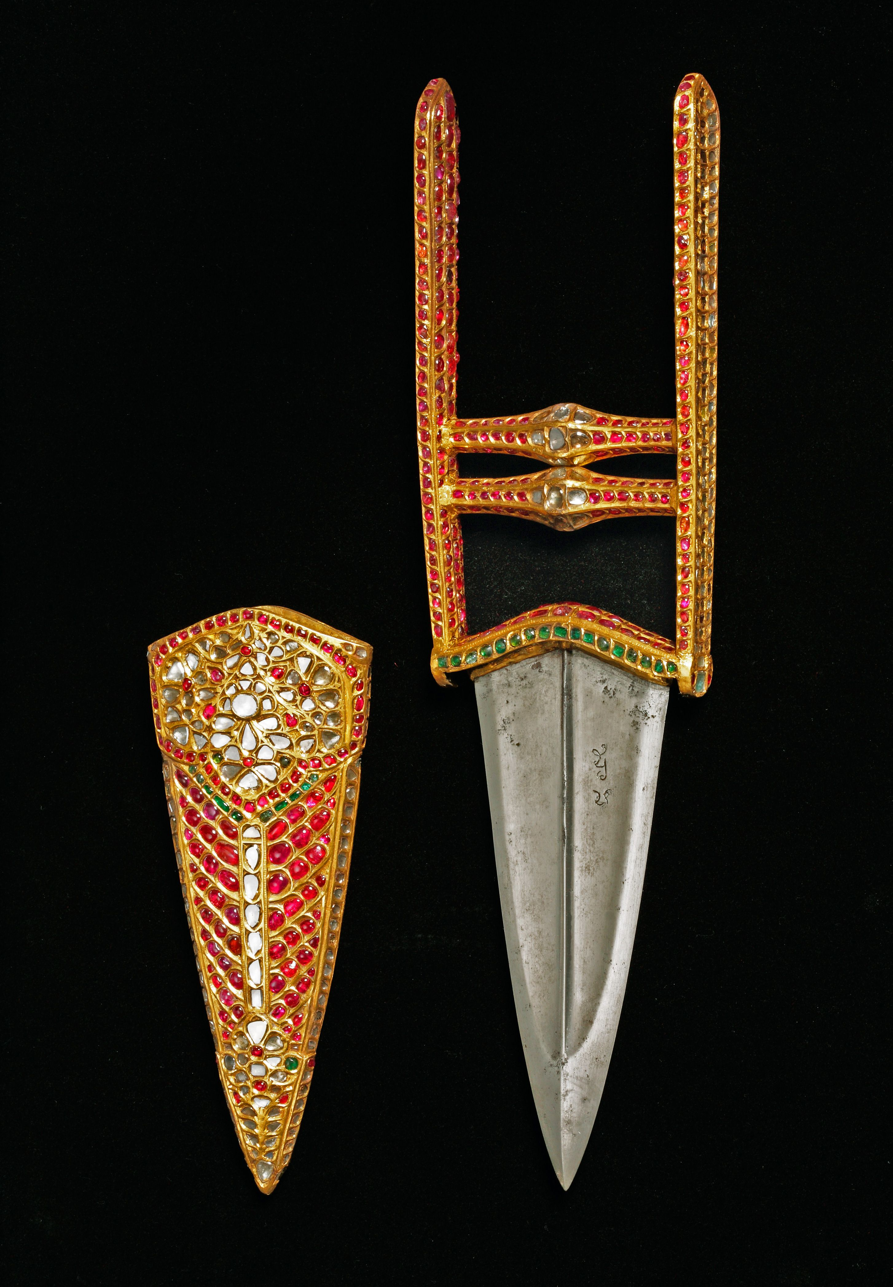 Dagger Katar With Gold Hilt And Scabbard Set With