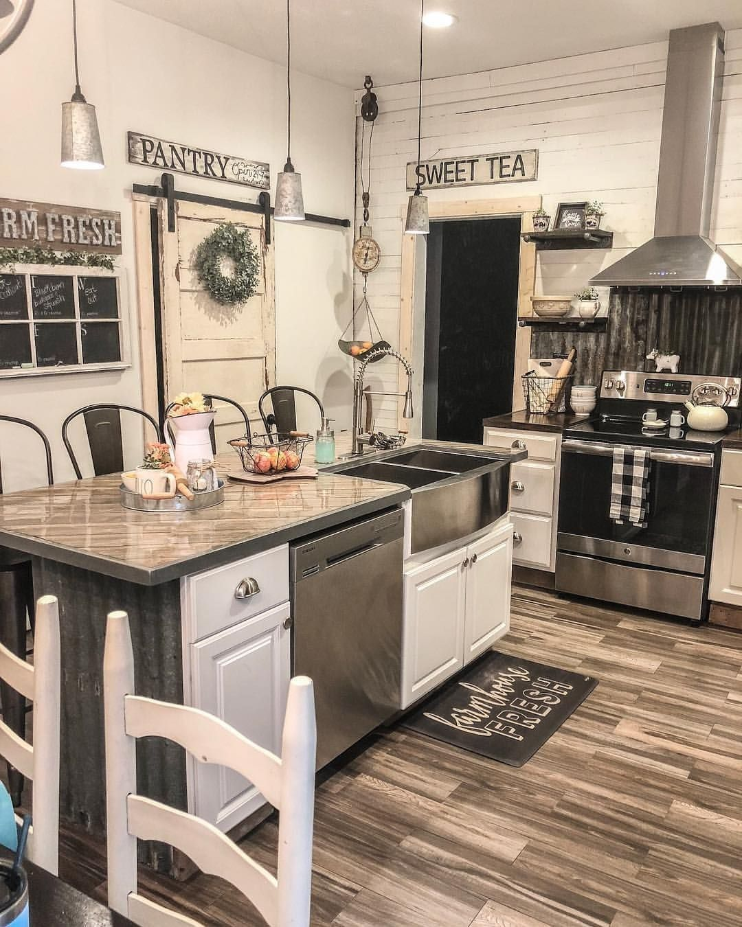 24 Ideas For A Farmhouse Inspired Kitchen On A BUDGET