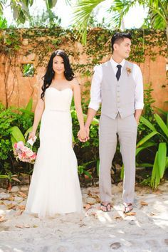 Tropical Grooms Style on Pinterest | Boutonnieres, Groomsmen and ...