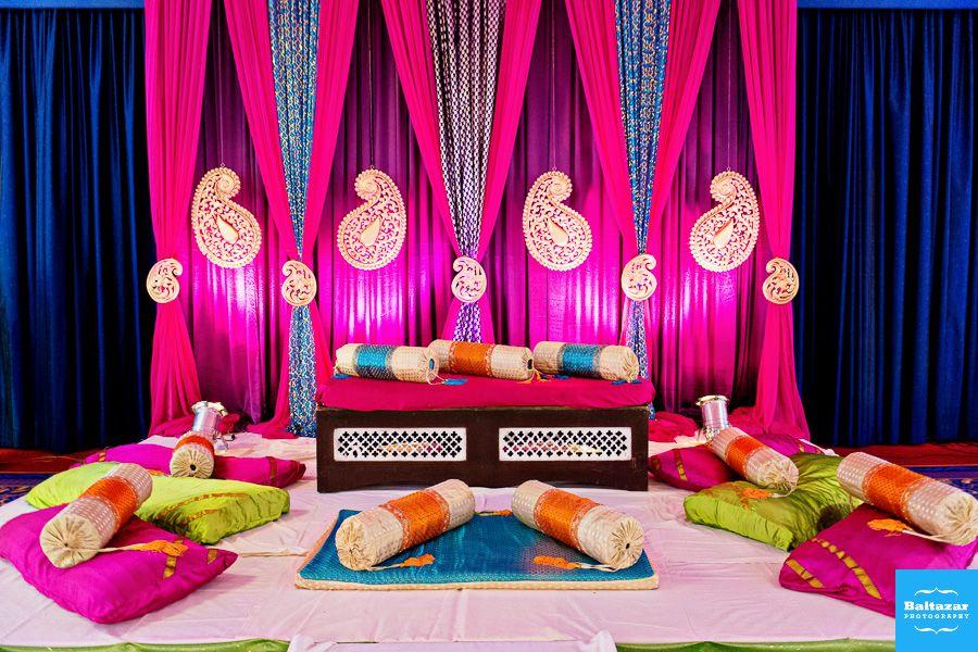 Mehndi Backdrop Diy : Pin by shamika satpute on candid backdrops wedding