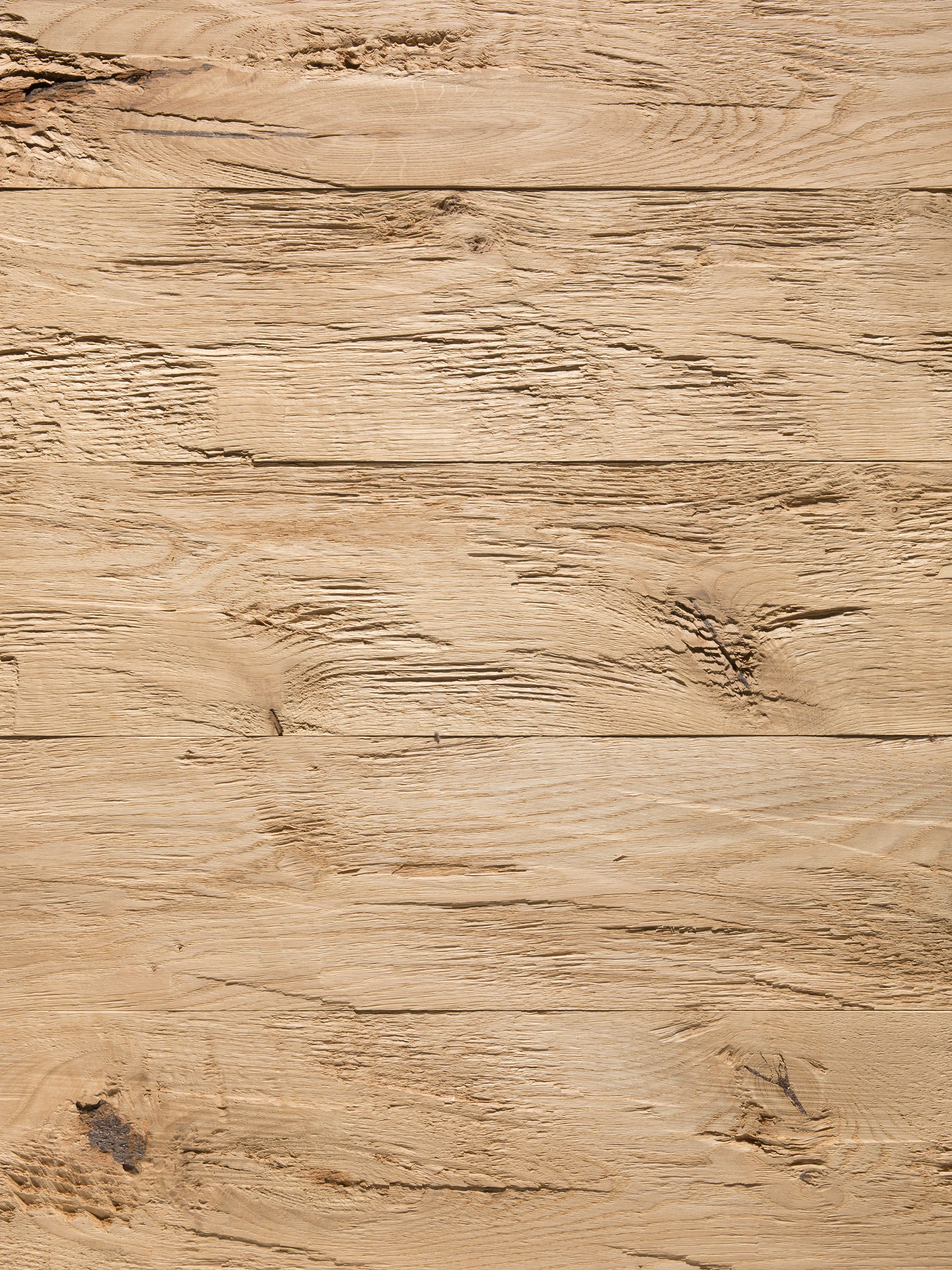 Gehackte Bretter Eiche Chalet Mit Traditionellen Fichte Und Eichebrettern Holen Sie Sich Ein Ganz Naturliches Wohngefu Altholz Wandverkleidung Holz Holzwand