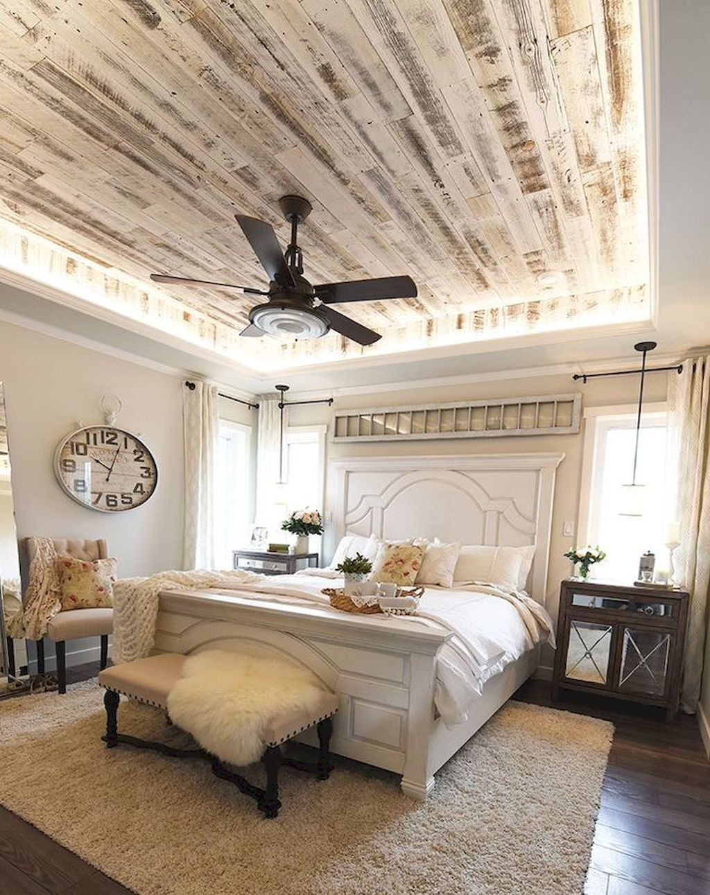Cool Farmhouse Style Master Bedroom Decorating Ideas