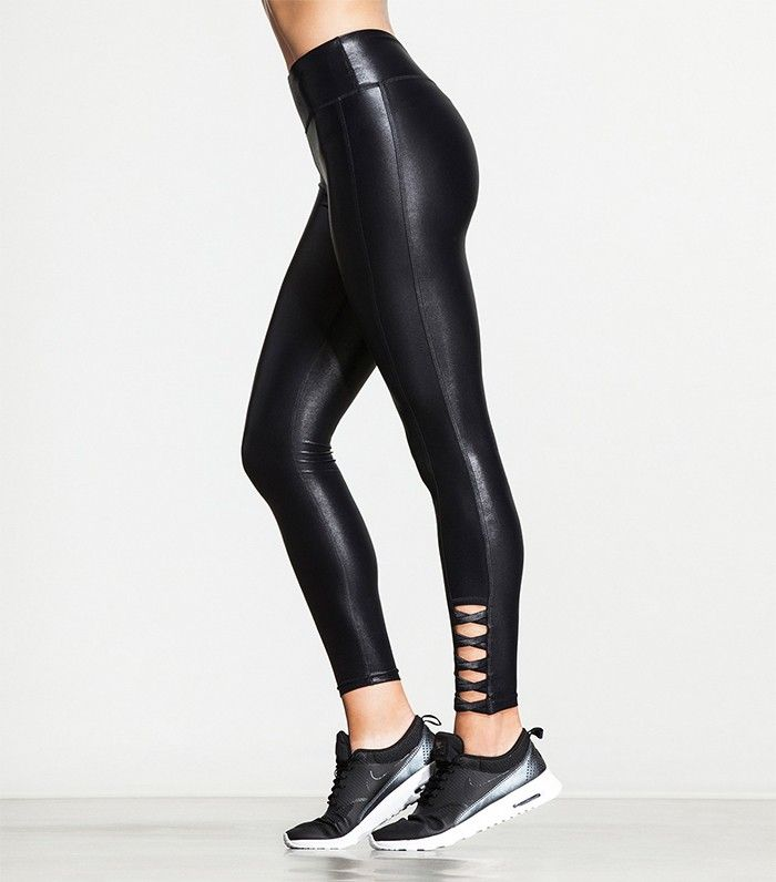 be6bda2666748 This Feature Makes Leggings Crazy-Slimming | Marge Sr. Recommended ...