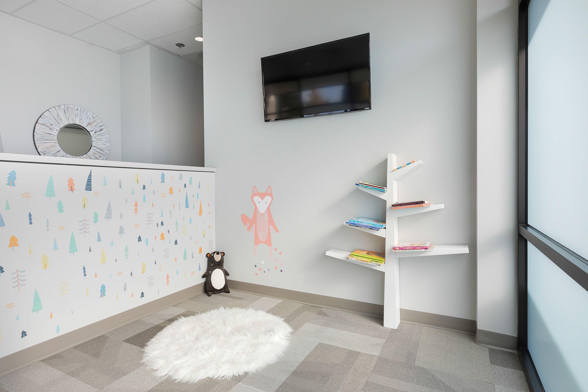 Evergreen Family Dentistry Beaverton Or Modern Dental Office Design Orthodontics Dental Office Design Modern Office Design Business Office Interior Design