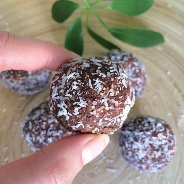 Mmm Choc Hazelnut balls of delight!  These never last long in our house!