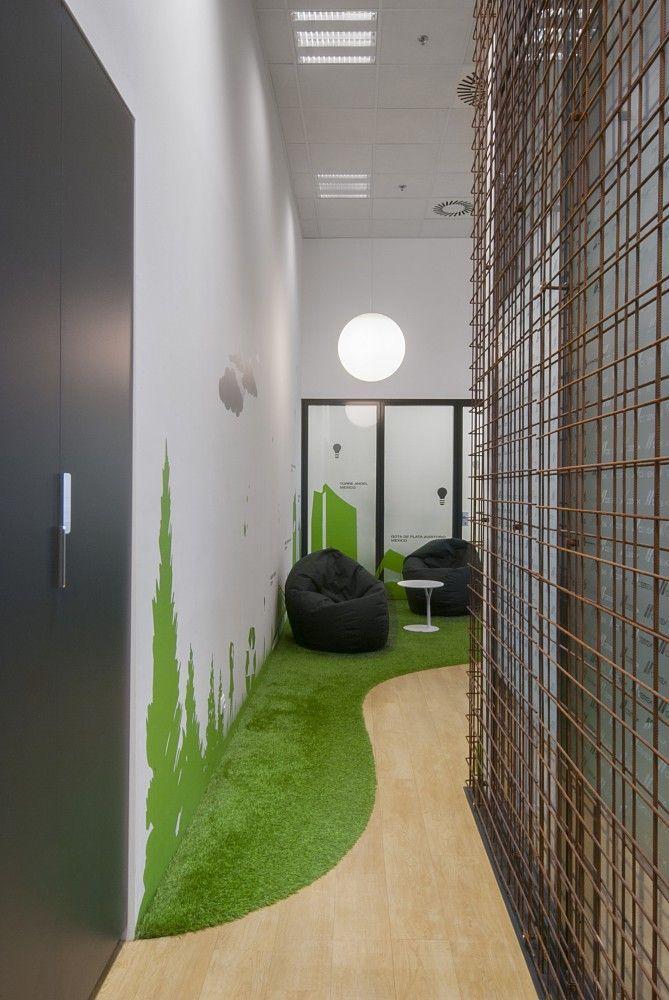 37 Ideeen Over Kunstgras Binnenshuis Kunstgras Wanden Plafond