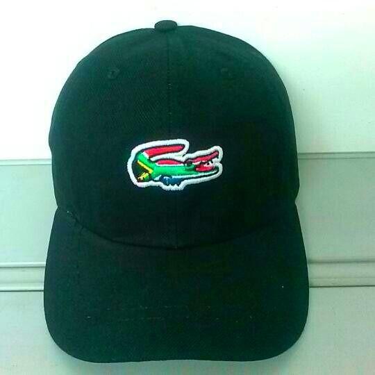boné aba curvada lacoste lacinho   Compre o seu também .   Cap, Hats ... 2b126c6c89