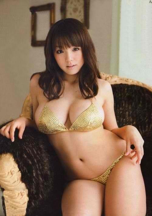 curvy-japanese-babes