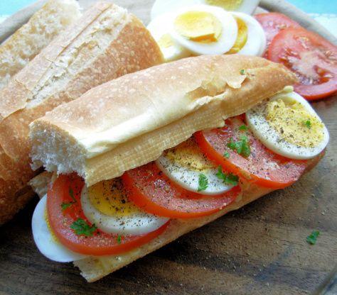 Egg And Tomato Sandwich Recipe Food Com Breakfast For Dinner Recipes Tomato Sandwich Recipes