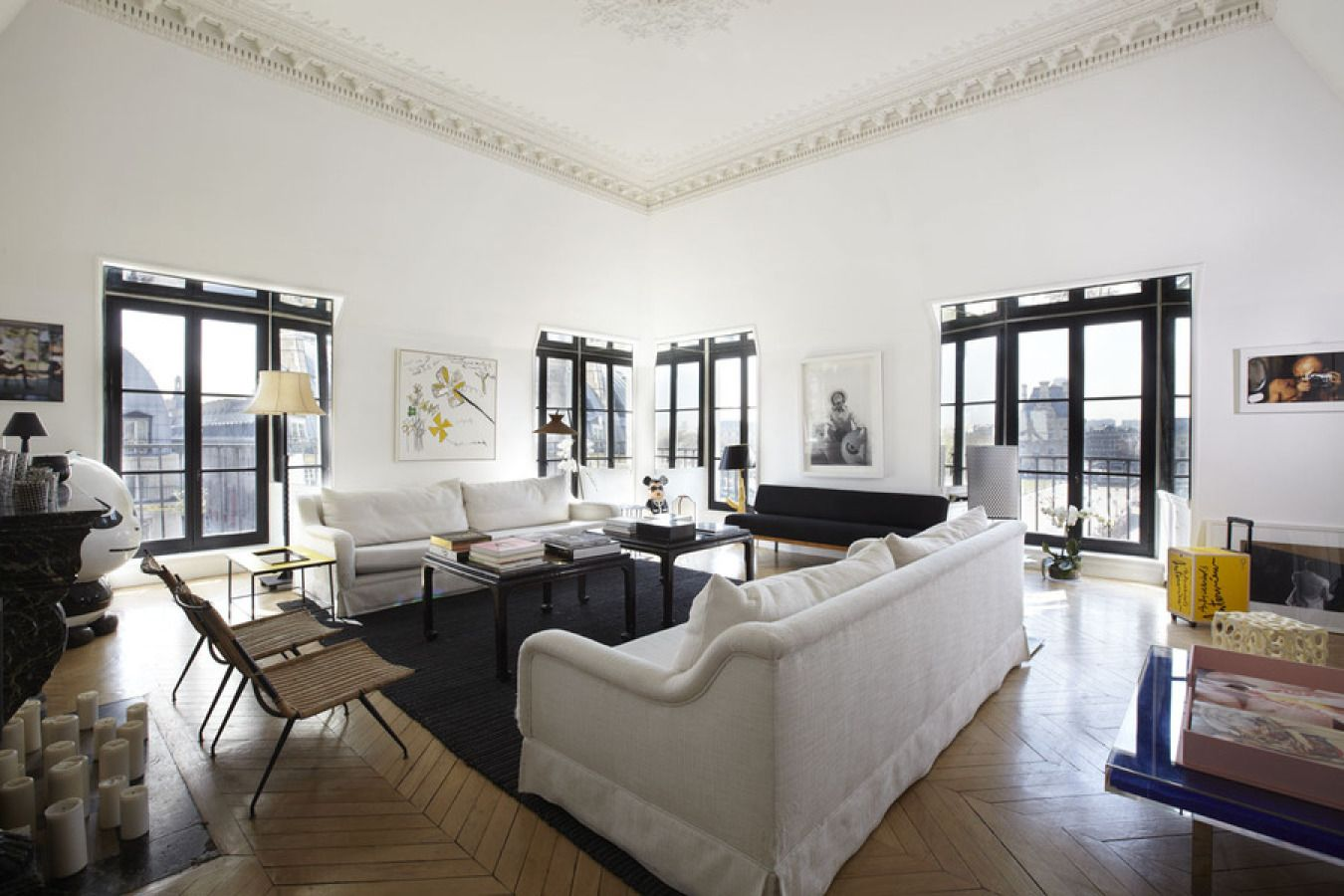 Sarah Lavoines is the very definition of fabulous. She is a decorator known for her insanely honed contemporary Parisian approach to design and attention to both color and quality. Her spaces tend to marry form and function in a way