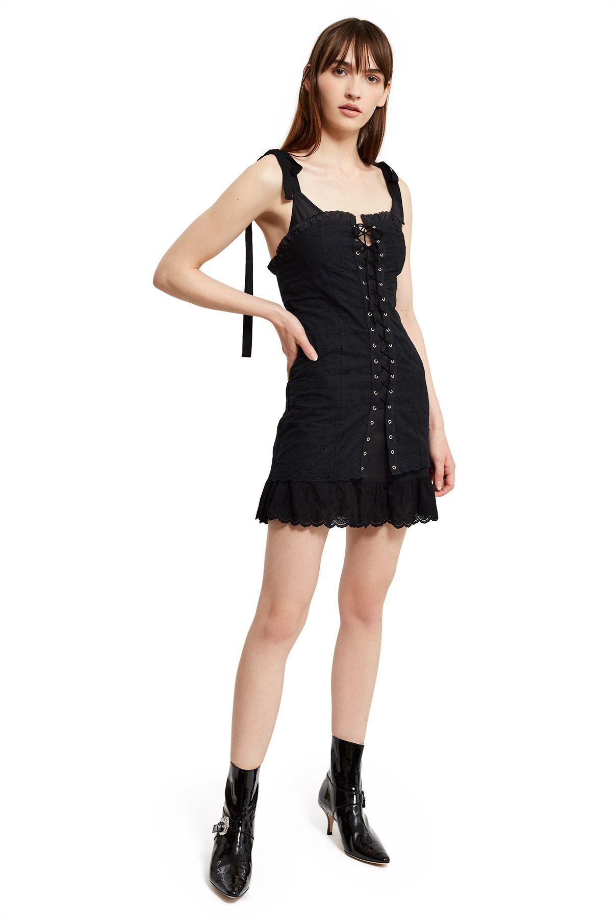 Under dress lace up corset