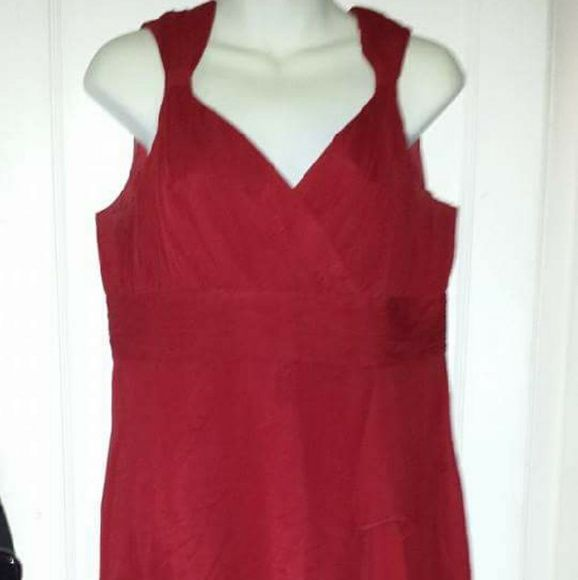 Red dress Great for a wedding Dresses