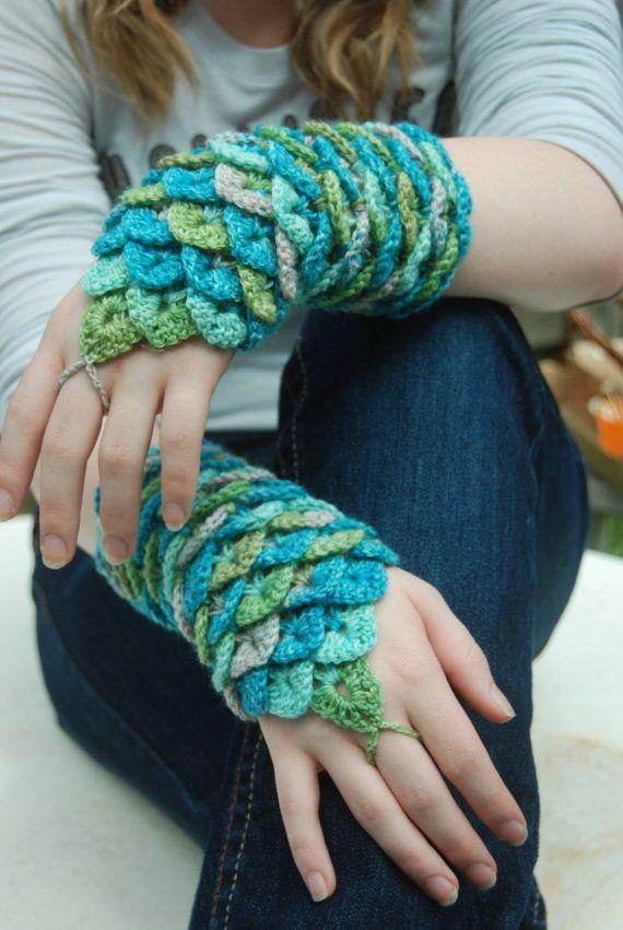 Crocodile Stitch Wrist Gauntlets Pattern by Bonita Patterns Will ...