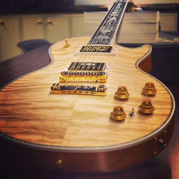 #Gorgeous! The #Gibson Les Paul #Ultima in #Natural. #guitar #lespaul #custom