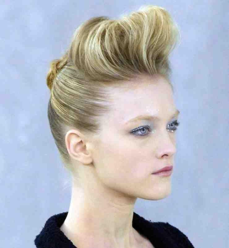 Rockabilly Hairstyle Retro Meets Rock N Roll Hairstyle Meets Retro Rockabilly Rockabilly Frisur Mittellange Haare Stylen Trendfrisuren