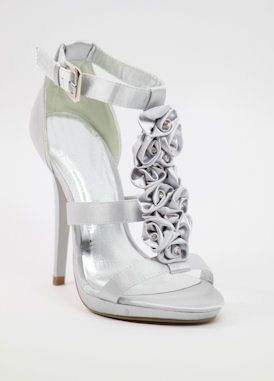 1000  images about Wedding Shoes on Pinterest | Silver shoes