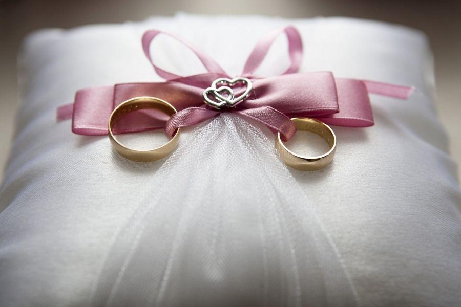 30 Frases Originais Para Escrever Nas Alianças De Casamento
