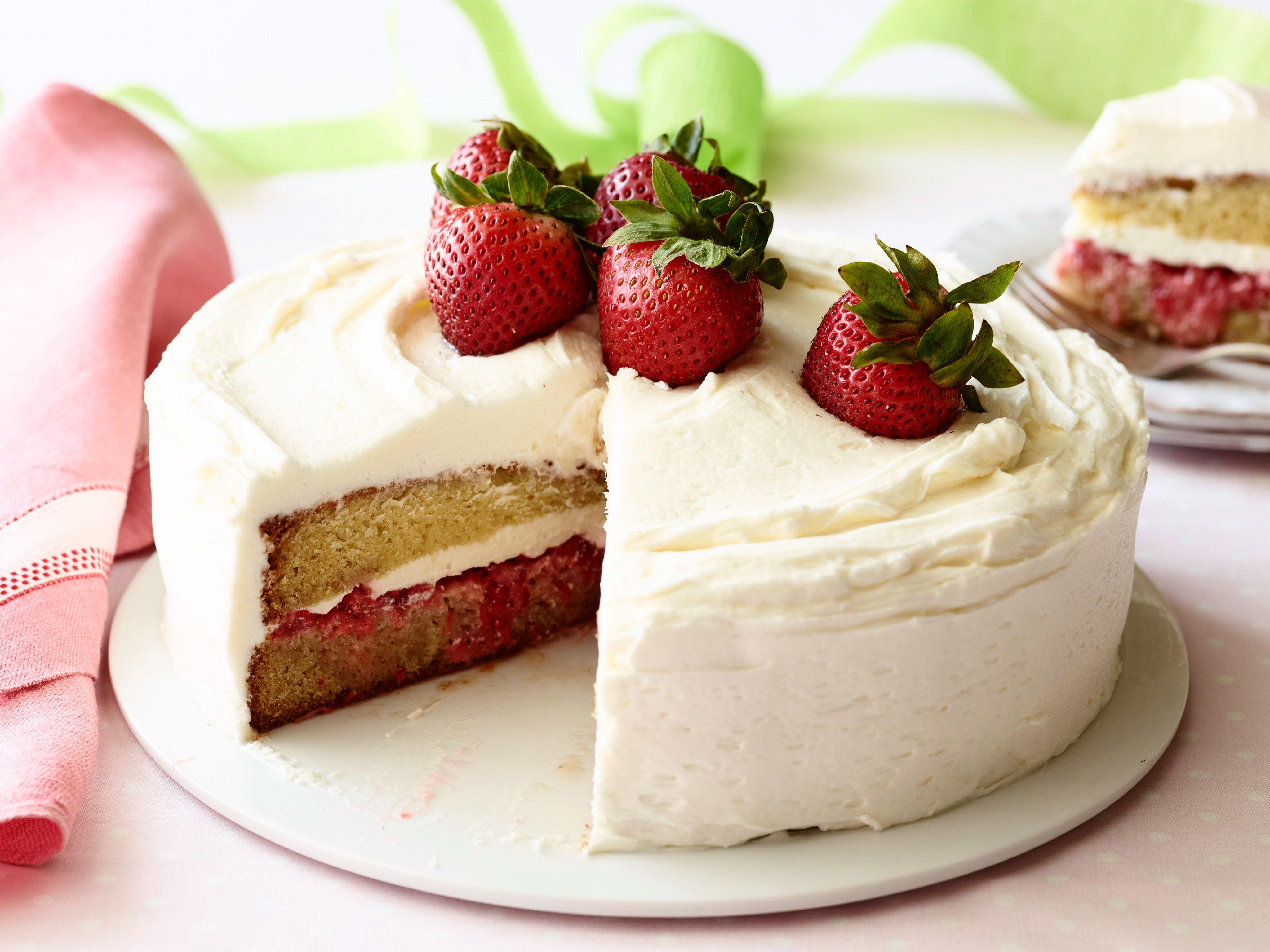 Uk Recipe Chocolate Cake With Cream And Strawberry Filling