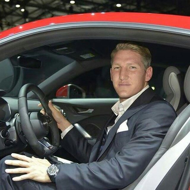 Basti Get In Loser We Re Going Shopping Schweinsteiger German Boys Bastian Schweinsteiger