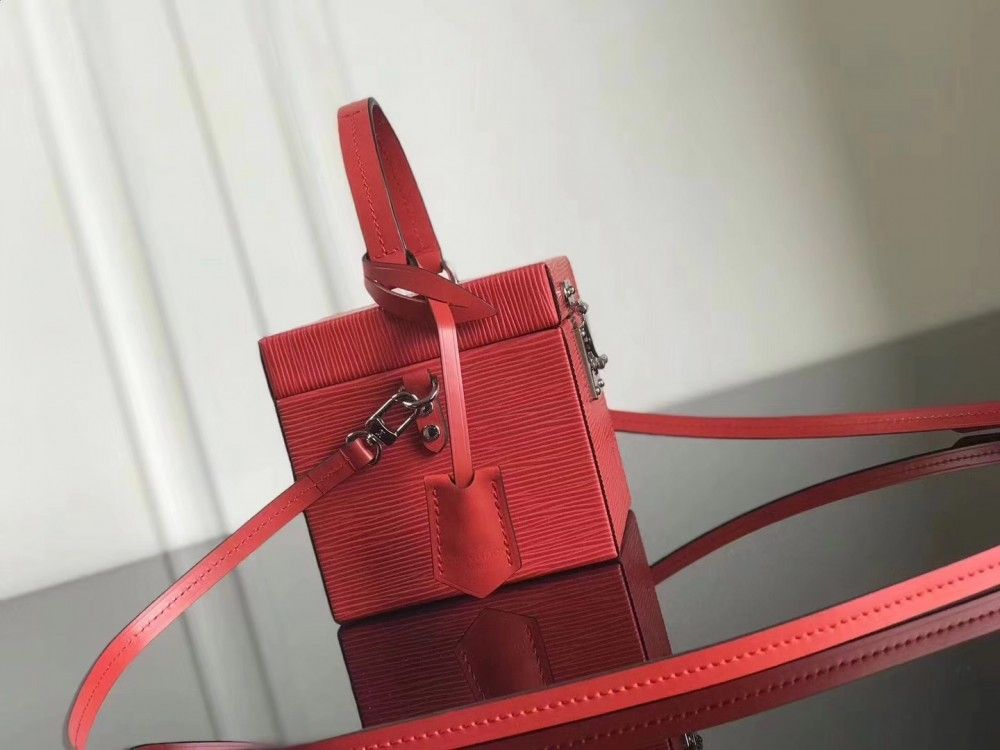 3c9b757c9631 Knockoff Handbags LOUIS VUITTON Bleecker Box M52466 Red online store ...