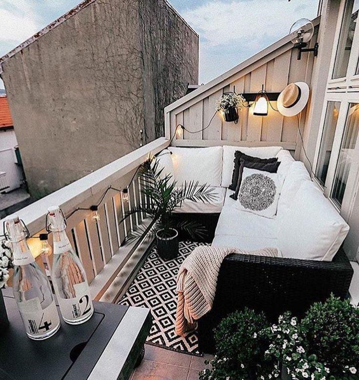 Ein schöner kleiner Ort! #kleine #schoner #terracedesign – Balkon Garten 100