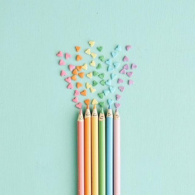 Rainbow love ❤ source: @runnerkimhall #creative #colour #inspiration