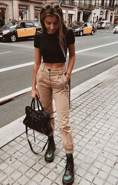 20 Casual Spring Outfit Ideas for Women 2020 - Yea
