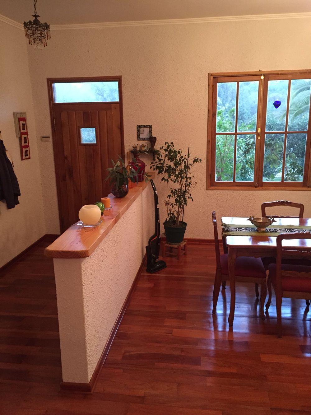 Medio muro madera piso de madera wood floor mi casa for Decoracion navidad piso pequeno