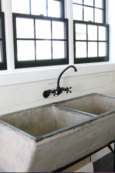 35 Practical Storage Ideas For A Small Kitchen Organization Vintage Kitchen Sink Concrete Sink Concrete Sink Bathroom