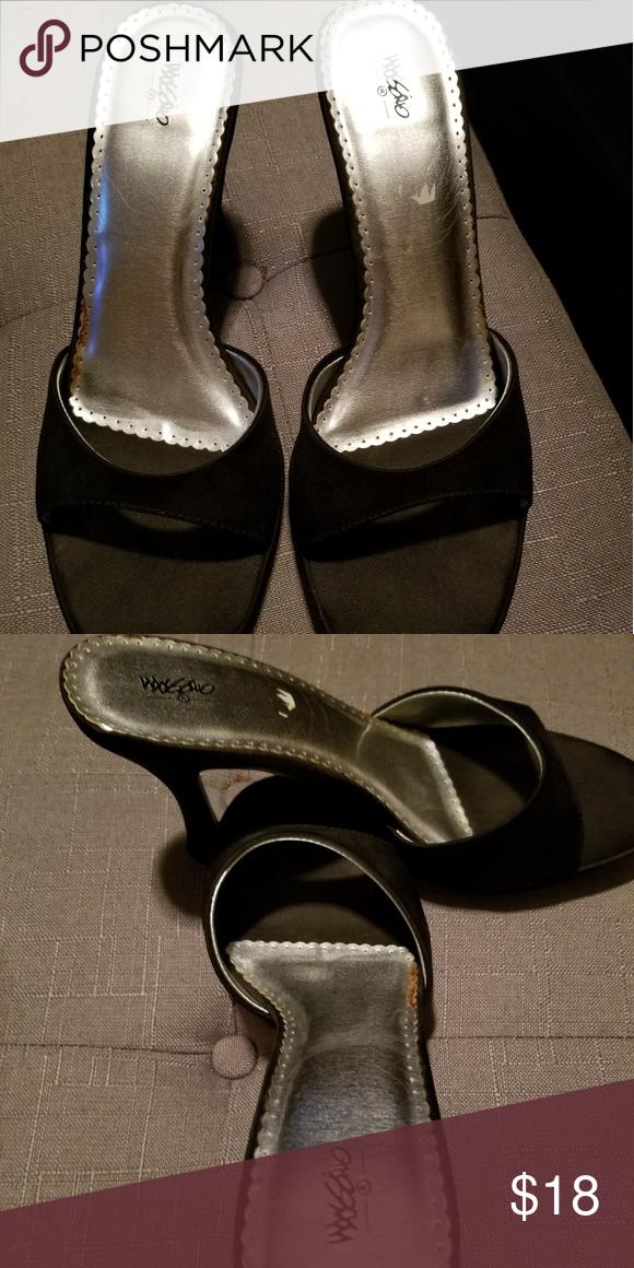 edf12abd959 Massimo size 8 ladies mule Black size 8 ladies mule with kitten heel.  Mossimo Supply