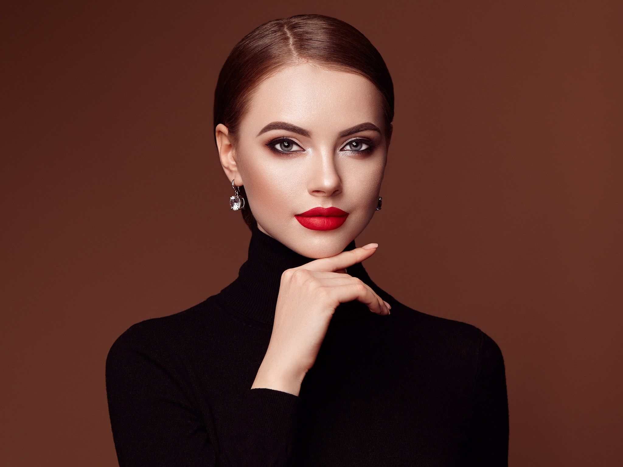 Beautiful Woman Face With Perfect Makeup Beautiful Young Woman With Clean Fresh Skin Perfect Makeup Be Beautiful Women Faces Perfect Makeup Beauty Portrait