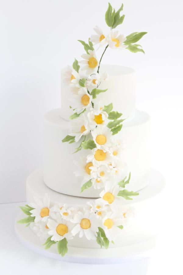 Daisy Wedding Cake Cake By Beckys Blooming Bakery With Images
