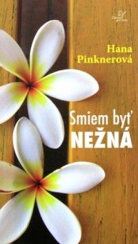 Smiem byť nežná (recenzia) ... Kniha fejtónov Smiem byť nežná vyšla v Čechách ešte v roku 2005. U nás bola preložená minulý rok. Jej autorkou je obyčajná žena s obyčajným životom a s veľkou láskou v srdci. Táto tenučká knižka rozpráva o každodenných radostiach samotnej spisovateľky. Hovorí o tom, aký príjemný a dokonalý môže byť život, keď človek v každom dni, v každej maličkosti vidí niečo pozitívne a dobré.