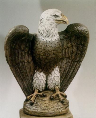 Eagle Facing Left Garden Cement Statue