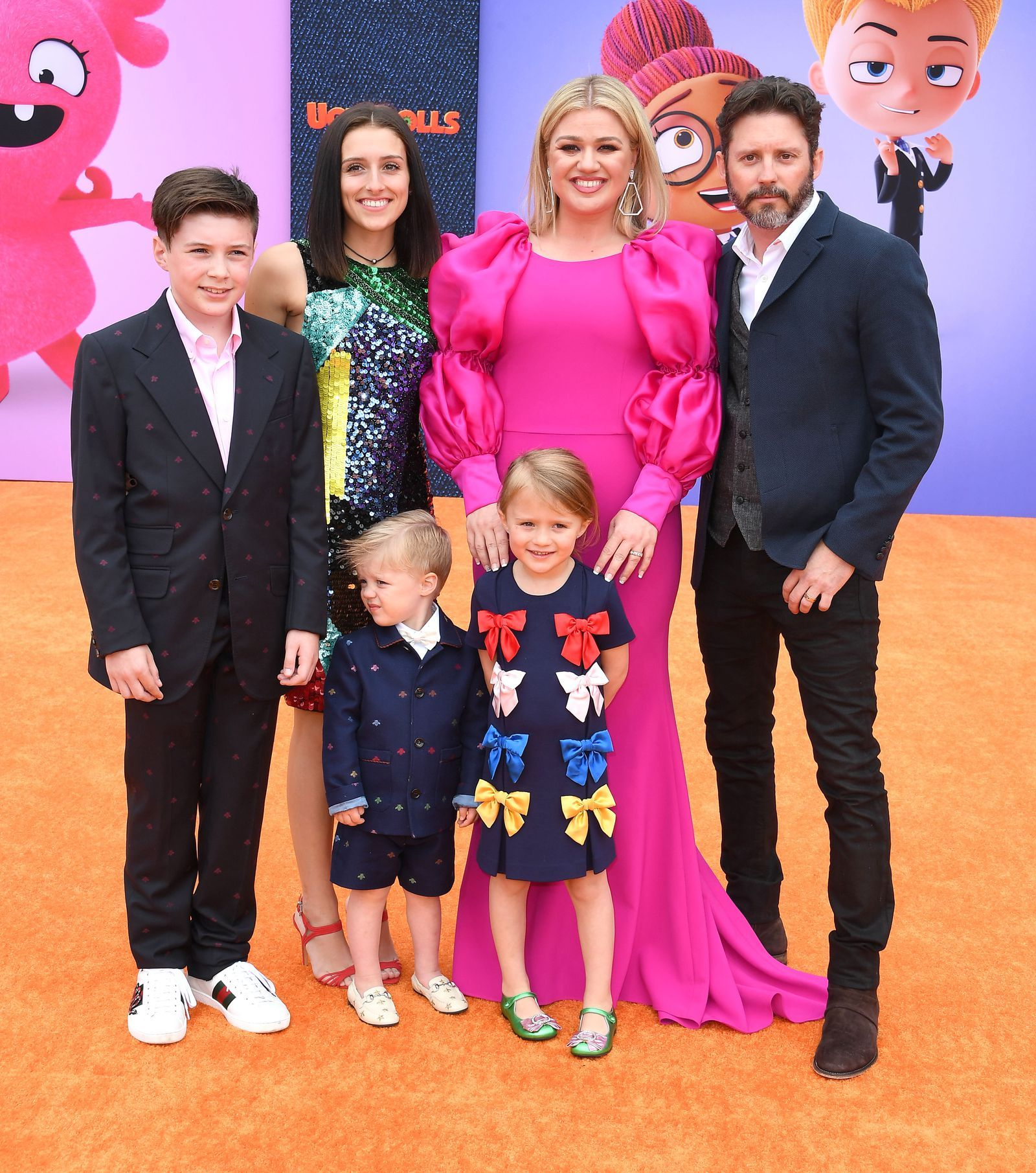 Kelly Clarkson And Her Husband Made A Rare Red Carpet Appearance With All Of Their Kids Kelly Clarkson Kelly Celebrities