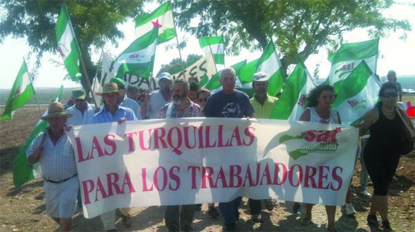 Apoyamos la ocupación de la finca militar LasTurquillas